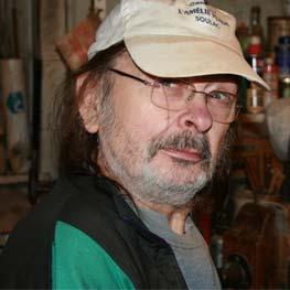 Jean DOMENGIE luthier professionnel, plus de 30 ans d'expériences
