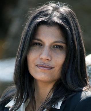 Sonia Barkallah réalisatrice du documentaire sur les EMI/NDE : FAUX DEPART